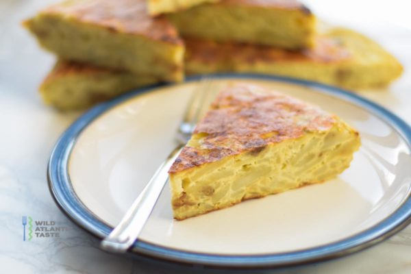 Spanish omelette or Tortilla Espanola is a classic Spanish dish that you can eat it warm or cold, can be served as a starter or as a main course. You can serve with salad and poached egg.